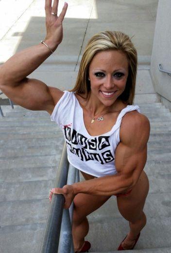 IFBB Danielle Reardon